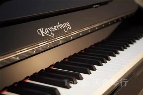 恺撒堡ka艺术家系列钢琴通透明亮的高音,圆润柔美的中音,浑厚有