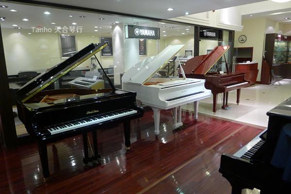 青岛钢琴天合琴行珠江三角钢琴展示