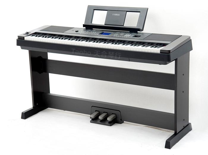雅马哈电钢琴DGX-650