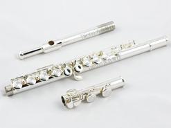 雅马哈长笛YFL-200