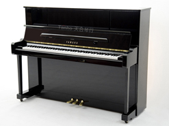 雅马哈钢琴YU118DN